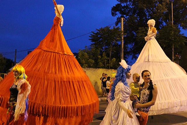 Карнавал в Геленджике, шествие
