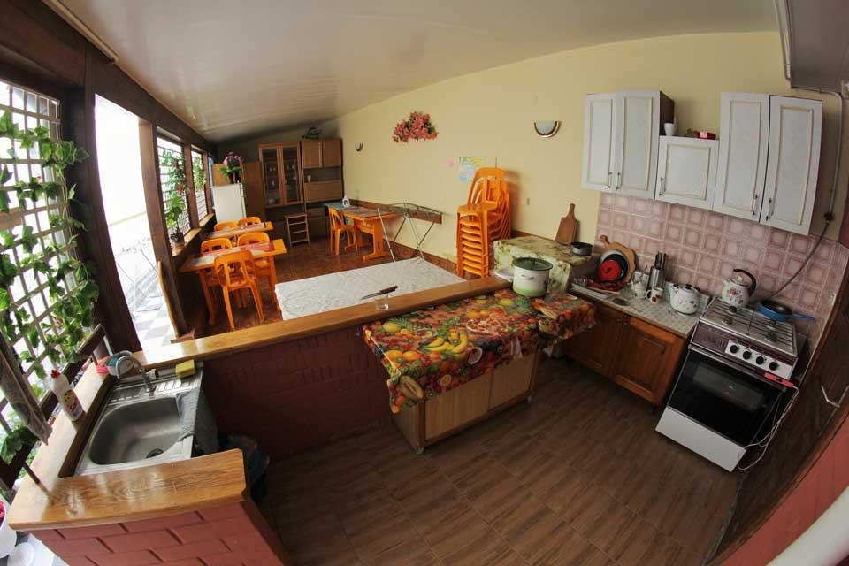 Общая кухня для номеров эконом