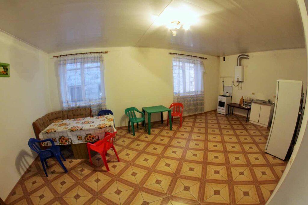 Общая кухня на каждом этаже