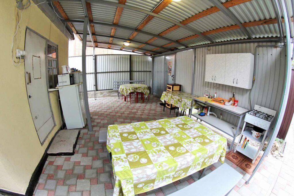 Общая кухня 1 на 4 номера эконом