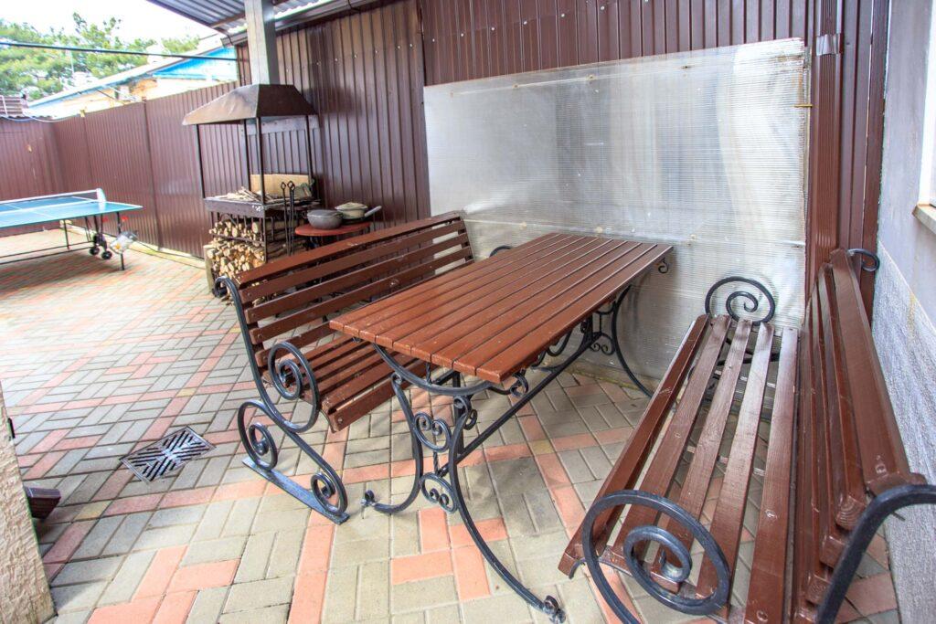 Место для отдыха, мангал, настольный теннис